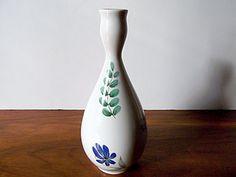 """Vintage Hallcraft Eva Zeisel """"Bouquet"""" Floral Vase, Hall China Co.  $35.00"""