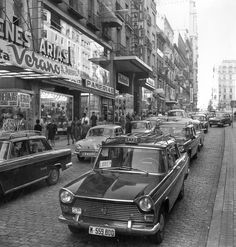 Spain in the - Calle Montera, Madrid 1969 Old Pictures, Old Photos, Vintage Photos, Barcelona, Foto Madrid, Madrid Travel, Spain Images, Le Palais, World Cities