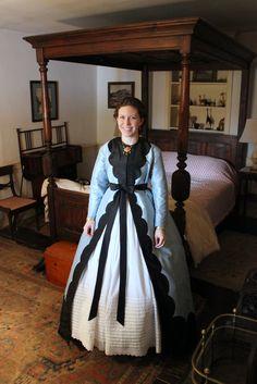 silk wrapper 1860s