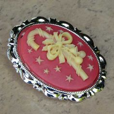 Red candy cane Christmas cameo brooch | Jewels & Finery UK