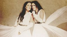 Within Temptation - Paradise (What About Us?), lLe clip de la rencontre au sommet entre Sharon Den Adel et Tarja Turunen !