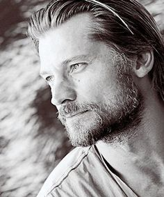 Jamie Lannister Kingslayer: he will surprise us all! Most Beautiful Man, Beautiful People, Gorgeous Guys, Hot Actors, Actors & Actresses, Gme Of Thrones, Cersei And Jaime, Game Of Throne Actors, Nikolaj Coster Waldau
