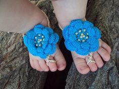 Sandalias de los pies Descalzas del bebé / por TheBabemuse en Etsy