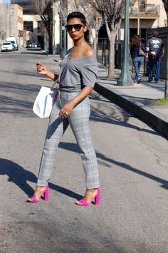 Pink Heels Outfit, Heels Outfits, Fashion Outfits, Pink Shoes, Casual Street Style, Casual Chic, Casual Wear, Stylish Outfits, Cute Outfits
