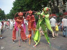Straattheater tijdens 'Deventer op Stelten'