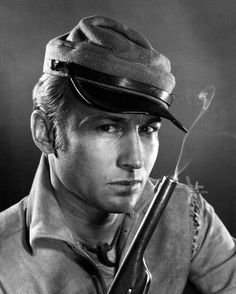 Nick Adams who played in the TV series The Rebel. (Johnny Yuma)