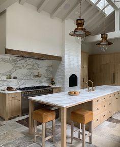 Cute Kitchen, Kitchen Dining, Kitchen Decor, Kitchen Ideas, Eclectic Kitchen, Kitchen Inspiration, Diy Kitchen, Kitchen Modern, Beautiful Kitchen