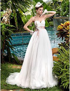 Vestido de Noiva Trapézio Coração Cauda Escova (Tule/Renda)