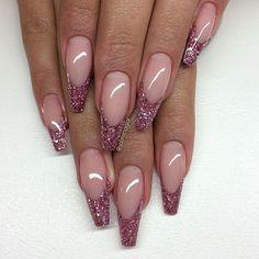 Glittersmile med egenblandat glitter allt från #lillynails