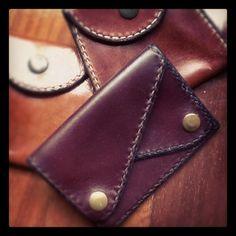 Sheila's Jeweler  New promotion!  ¡Nueva promoción!    Now, if you get a Sheila's Jeweler design, you will get one of these leather hand-made purse FOR FREE! HURRY UP! Don't let them go!    Ahora, por la compra de un diseño Sheila's Jeweler, conseguirás uno de estos monederos de cuero, hecho a mano, ¡GRATIS! ¡RÁPIDO! ¡NO LOS DEJES ESCAPAR!