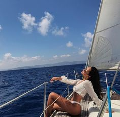 Pin by douglas on yacht sailing Summer Pictures, Beach Pictures, Sailing Pictures, Boat Pics, Claudia Tihan, Shotting Photo, Beach Poses, Summer Goals, Summer Aesthetic