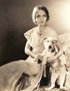 Dorothy Gish, Lillian Gish, Silent Film Stars, Movie Stars, Ziegfeld Follies, Star Show, Roaring 20s, Old Hollywood Glamour, Vintage Beauty