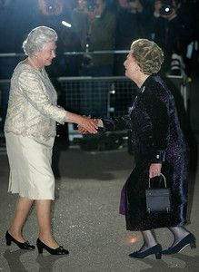 La marca de bolsos favorita de Thatcher duplica sus ventas tras su muerte