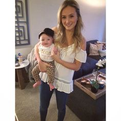 Ceyla's ready for her God Mamas grand entrance on the #bachelor!! #wheninLA #teamlaurenb  @lauren_bushnell #ceylagrace
