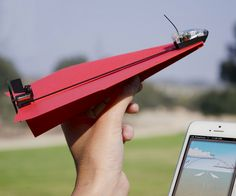 Smartphone Controlled Paper Airplane | DudeIWantThat.com