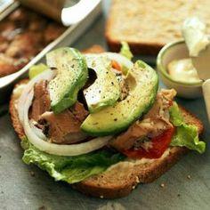 3-Ingredient Meals Under 400 Calories:  flatbread pizza, greek Portobello, black bean tacos, avocado tartine, fast fattoush, green pea soup,