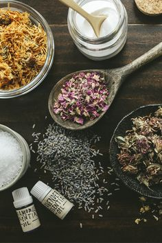 Herbs and oils have long been combined with bath therapy to relax the mind, soothe sore muscles, and promote supple skin.* We've crafted two herbal bath recipes that are simple and soothing: our Spring Tea Bath Blend and our Flower-Powered Sea Salts.