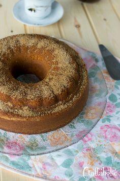 Αφράτο κέικ κανέλας. Πανεύκολο και πεντανόστιμο. Cake Frosting Recipe, Frosting Recipes, Doughnut, Muffins, Cooking Recipes, Cupcakes, Sweets, Cookies, Desserts