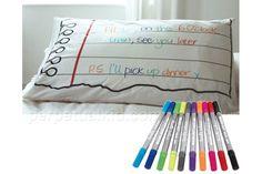 1 travesseiro que permite anotaçoes, especial para quem tem ideias antes de dormir http://www.bluebus.com.br/1-travesseiro-que-permite-anotacoes-especial-p-quem-tem-ideias-antes-de-dormir/