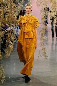 Ulla Johnson Fall 2018 Ready-to-Wear Collection - Vogue