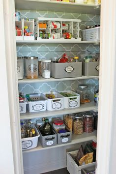 Kitchen cabinet organization diy pantry organization ideas how to organize deep corner kitchen cabinets pantry door organizer pantry door organizer pantry Kitchen Cabinet Organization, Kitchen Organization, Organization Hacks, Diy Kitchen, Kitchen Design, Kitchen Pantry, Kitchen Tools, Larder Cupboard, Kitchen Cabinets