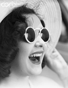 1959- Round White Eyewear, still strong today #Vintage #White #Sunglasses