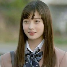 橋本環奈 School Uniform Girls, High School Girls, School Uniforms, Aesthetic Anime, Sailor Moon, Ulzzang, Cute Girls, Baby Kids, Eye Candy