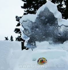 #LakeLouise #IceMagicFestival was the perfect place to showcase the new #Canada150 #geocoin!