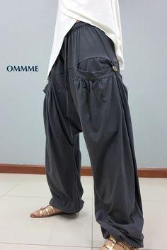 New harem pants, unisex pants 044 in 2019 harem pants бохо Big Fashion, Fashion Images, Gothic Fashion, Fashion Pants, Street Dance, Parkour, Unisex, Diy Clothes Videos, Comfy Pants
