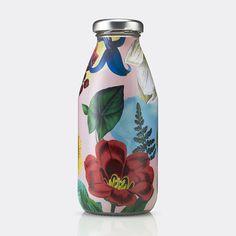 Superfly by B&B Studio, United Kingdom. #branding #packaging #cocktail