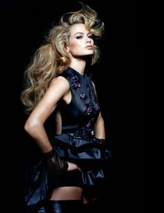 SEPTEMBER 2012  Carolyn Murphy by Tiziano Magni..now tthis is dream hair=-)