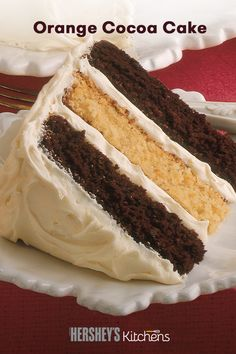 Orange cake gets sandwiched by chocolate in this balanced blend of flavors. This recipe also included a delicious orange buttercream frosting to top the cake. Köstliche Desserts, Delicious Desserts, Yummy Food, Cocoa Cake, Fudge, Cake Recipes, Dessert Recipes, Cupcake Cakes, Cupcakes
