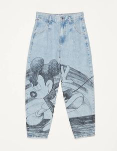 """Jeans Balloon Fit """"Mickey gets arty"""" - Jeans - Bershka España Bershka Collection, Denim Art, Painted Clothes, Calvin Klein Underwear, Custom Clothes, Aesthetic Clothes, Balloons, Outfits, My Style"""