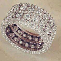 beautiful double-banded diamond ring #wedding #engagement
