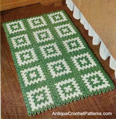 Rectangular Rug - Free Crochet Pattern - When it is a cold day like today - it sure is nice to put your feet down in the morning on a nice warm rug like this!