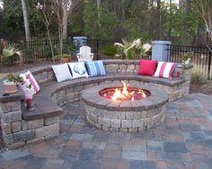 Backyard Fire Pit Ideas for You : Backyard Design Ideas With Fire Pit. Backyard design ideas with fire pit. Backyard Patio Designs, Small Backyard Landscaping, Small Patio, Patio Ideas, Backyard Ideas, Landscaping Ideas, Firepit Ideas, Backyard Seating, Small Yards