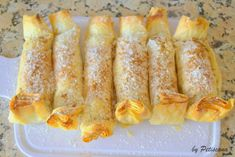 Mini Desserts, Dessert Recipes, Crepes And Waffles, Pound Cake Recipes, Portuguese Recipes, Something Sweet, Coco, Baked Goods, Chocolate