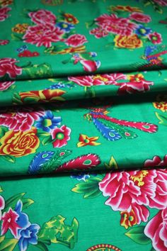 Tissu chinois traditionnel pivoines