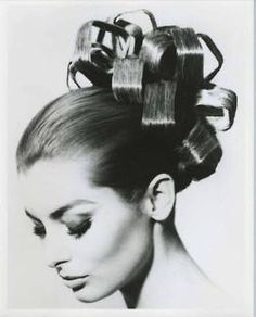 A really big version of this would be FANTASTIC! Square curls by Vidal Sassoon.