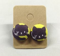 5/8 Size 24 Sleeping Kitty Cat Fabric Covered Button by RatDogInk