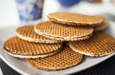 """Resultado de imagem para GIF maquina casquinha sorvete e biscoito holandes (stroopwafel)"""""""