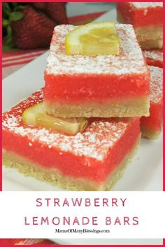 Amazingly Delicious Strawberry Lemonade Bars Look no further than this perfect summer fun recipe of Strawberry Lemonade Bars. They are certain to be a hit with anyone that takes just one bite! Köstliche Desserts, Summer Desserts, Delicious Desserts, Yummy Food, Picnic Desserts, Alcoholic Desserts, Cheesecake Desserts, Pumpkin Cheesecake, Health Desserts
