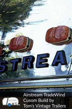 Airstream Custom Build Bad und Küche by Tom's Vintage Trailers GmbH #glamping #tomsvintagetrailers #airstream #verkauf #vermietung #tradewind #event #hochzeit Airstream, Glamping, Toms, Vintage Trailers, Bad, Painting, Travel Trailers, Wedding, Vintage Campers Trailers