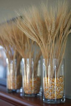 Wheat and corn arrangement. - Wheat and corn arrangement. Informationen zu Wheat and corn arrangement. Wheat Centerpieces, Wheat Decorations, Outside Fall Decorations, Thanksgiving Decorations, Seasonal Decor, Holiday Decor, Fall Home Decor, Autumn Home, Fall Crafts