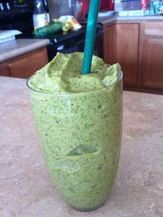 super pregnancy green smoothie - so good you'll want to drink it even when you're NOT pregnant!