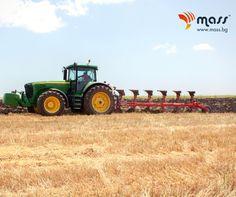 След жътвата задължително трябва да обработите почвата, за да я подготвите за следващия сеитбен сезон. Вашите верни помощници висококачествените #плугове #MASS са винаги в готовност за интензивна работа!  Изберете подходящия модел за вас тук  👉http://mass.bg/плугове   #plow #плуг #agro #ploughing #агро #агротехника #agroindustial #agromachinery #Agriculture #Agribusiness #Farming #mass #агростил