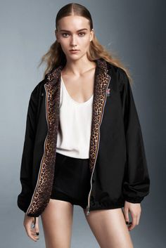 joint-collection-windbreakers-maje-and-k-way - animal print inside