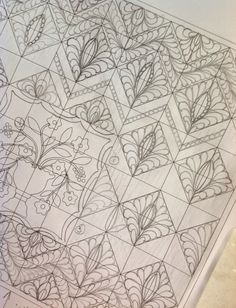 Karen's Quilts, Crows and Cardinals: FMQ - Chevron with a Twist - Part I - QP Curved Template Crosshatch (Giveaway too!)