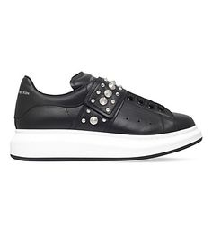 ALEXANDER MCQUEEN Show Studded Leather Trainers. #alexandermcqueen #shoes #trainers