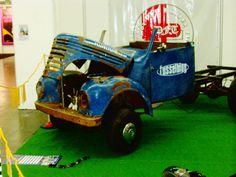 Erste Ausstellung des Wagens auf der Techno Classica 2007. Man sieht, mit der Taunus Achse kam er VIEL zu hoch